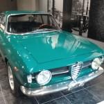 中古車の買取、20万キロ以上の車でも値が付く?