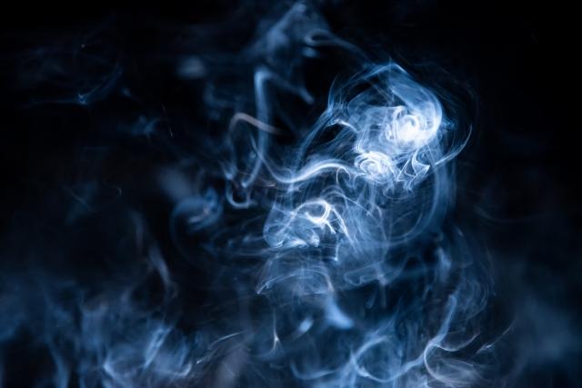 気になる車のエアコンの臭いはやはりタバコの臭い